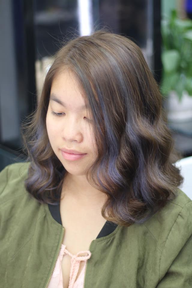nhuộm tóc kiểu highlight